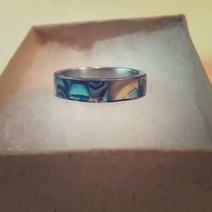 Other - ✴️3/$20✴️ Abalone shell band